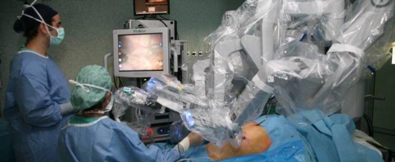La cirugía robótica en medicina